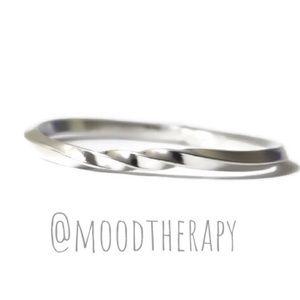 925 Sterling Silver Twist Möbius Stackable Ring